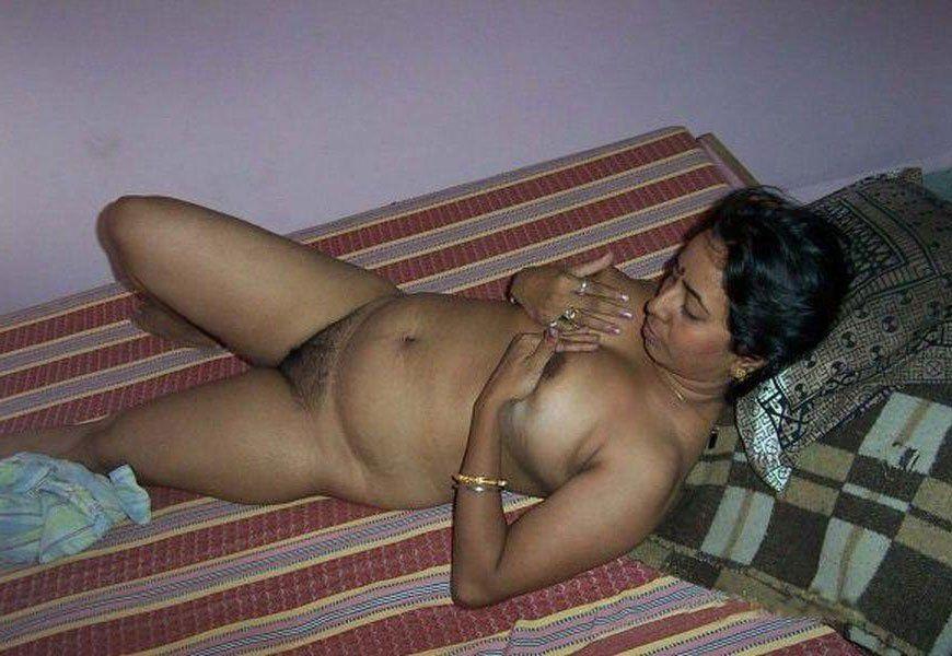 Girls pics real desi body nude opinion you