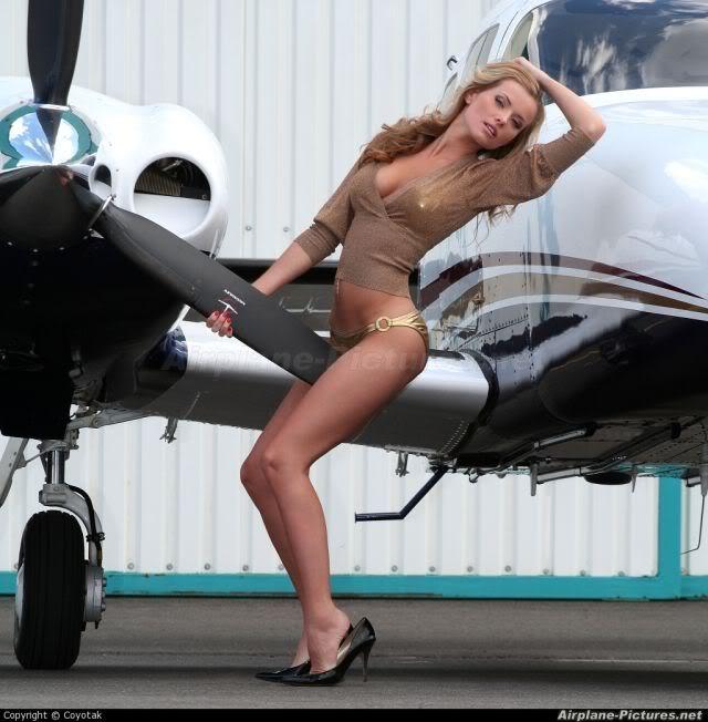 Nude plane girls