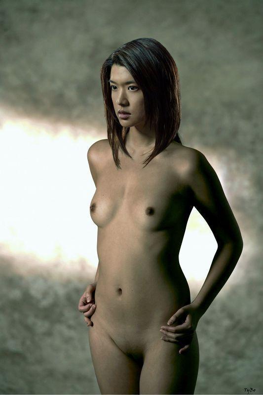 Horny sexy asian lesbian girls humping