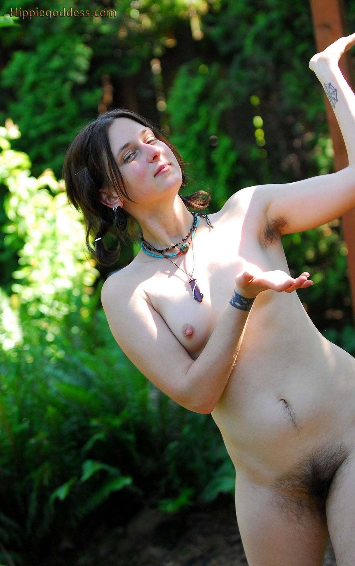 Free amature erotic photos