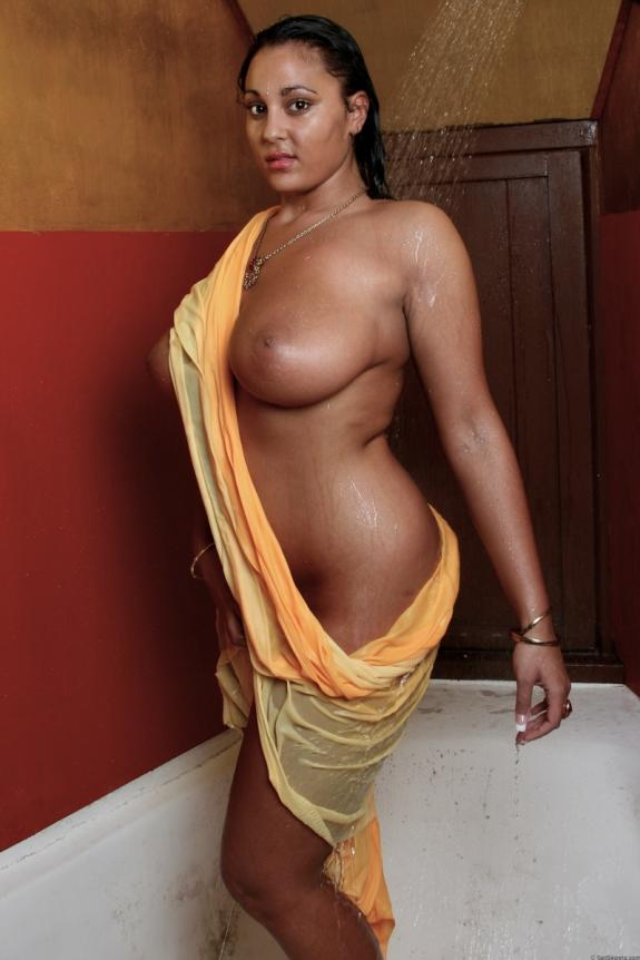 Nude indian retro girl
