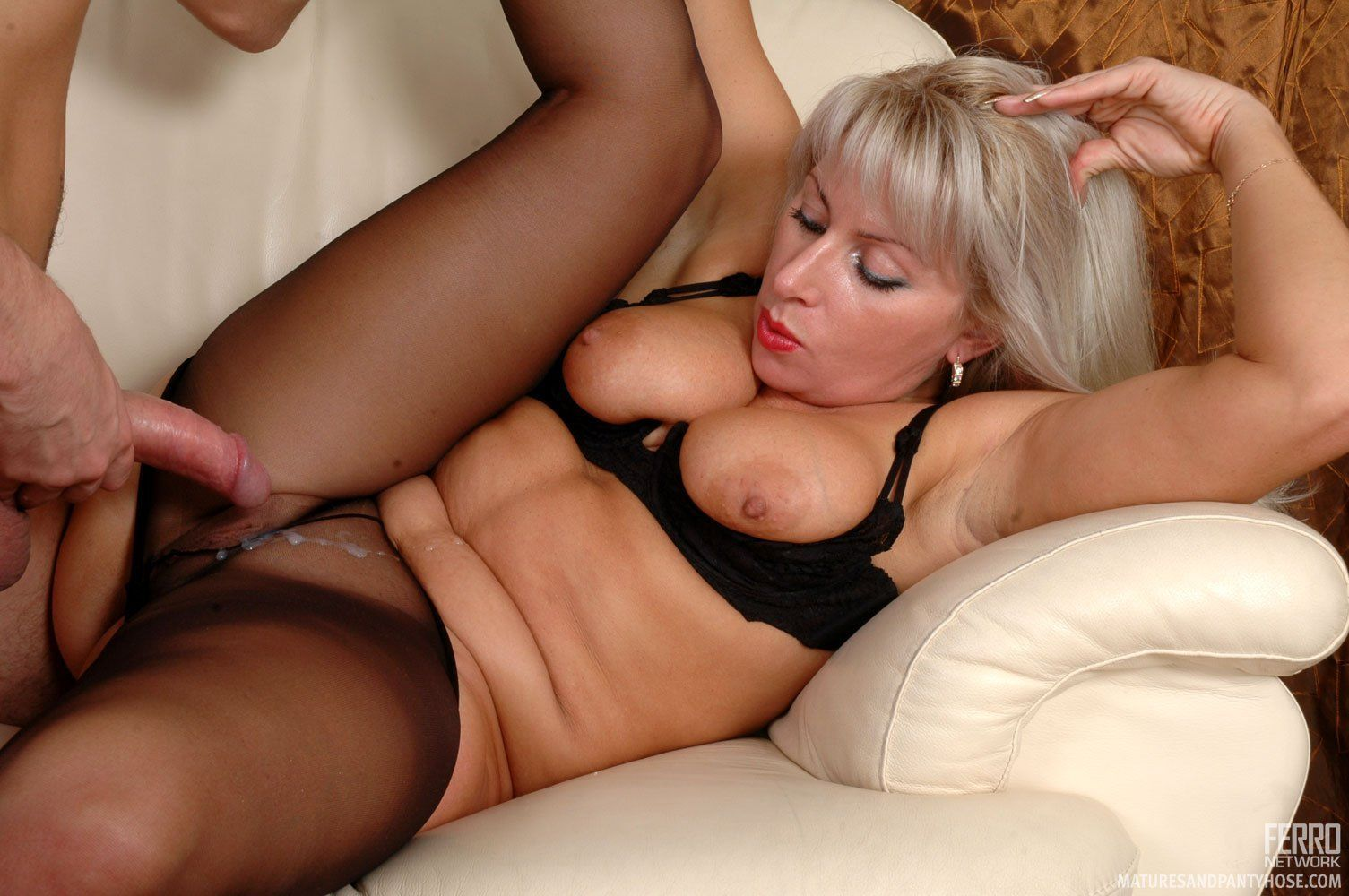 Mature pantyhose sex with boys