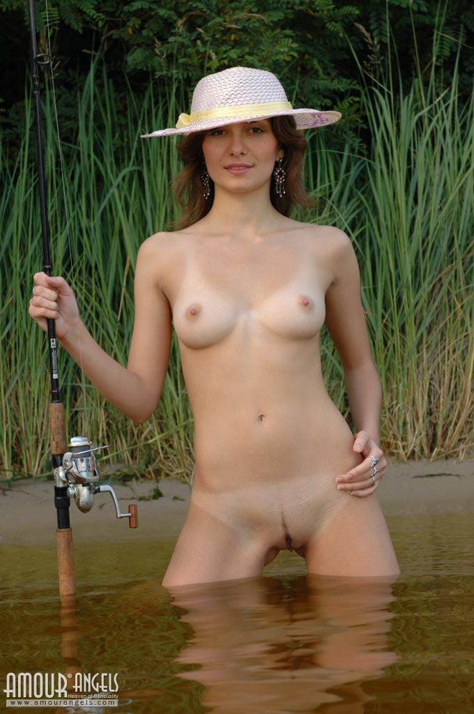 Naked hot chicks fishing   Porn archive