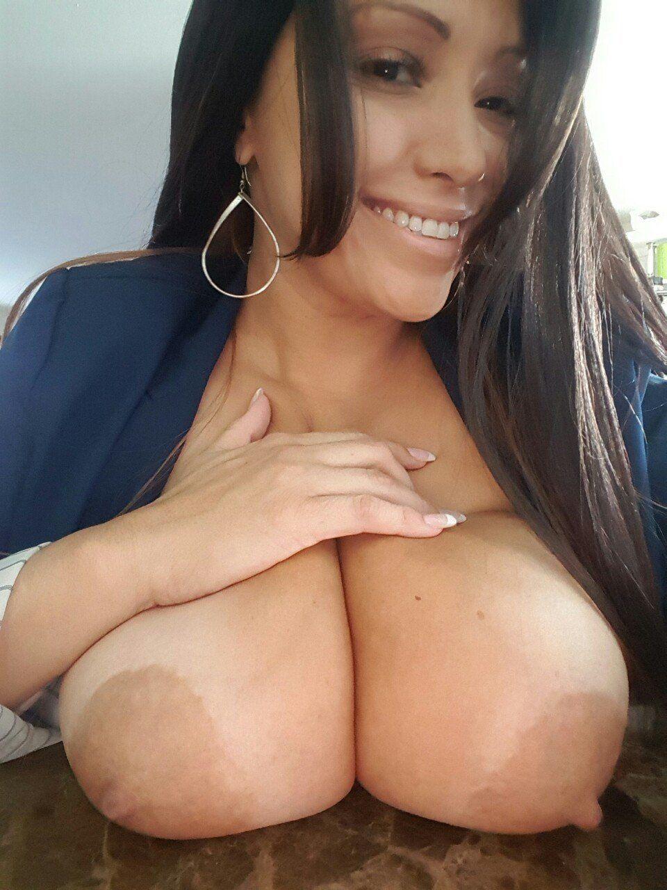 Desi school girl boob