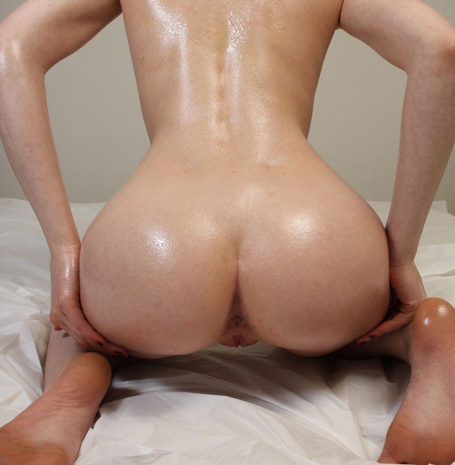 Nude Booty oiled up naked booty - excellent porn.