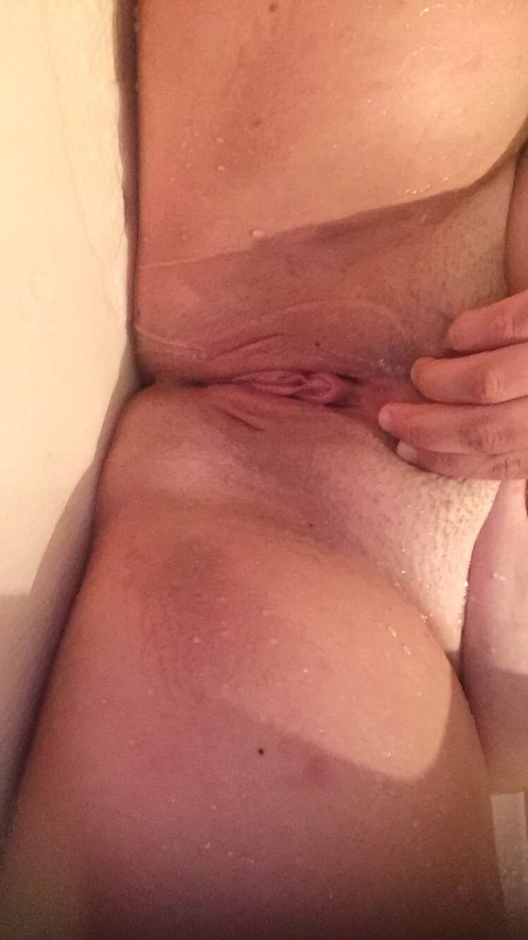 Girls pussy pic