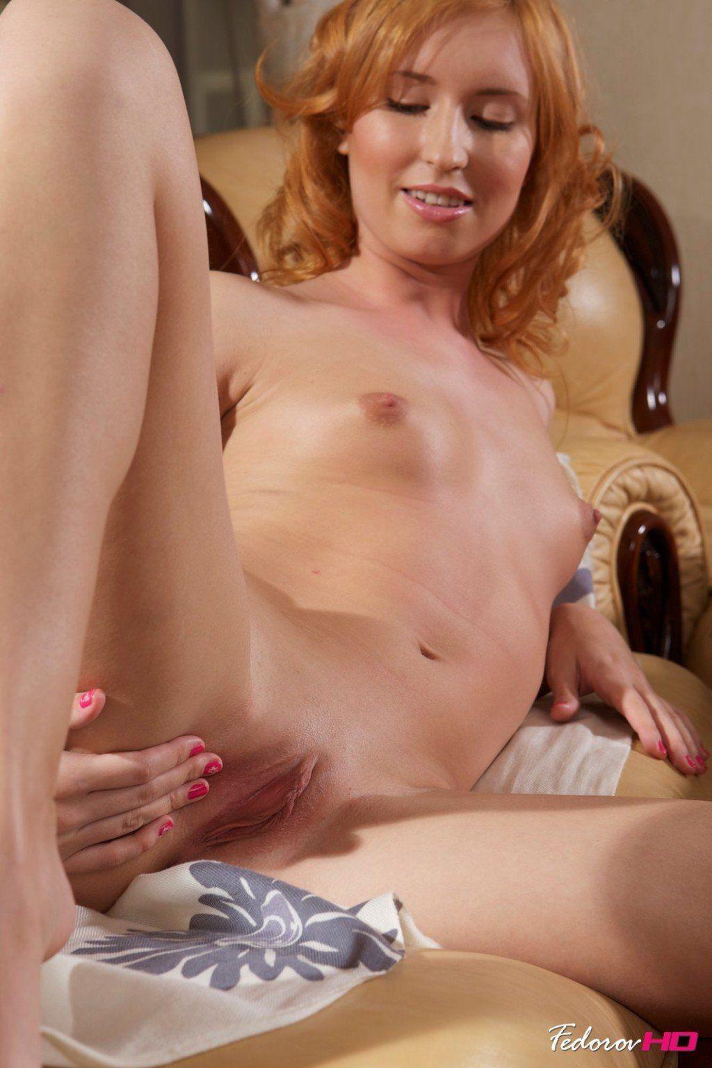 Chloe amour jessa rhodes nude