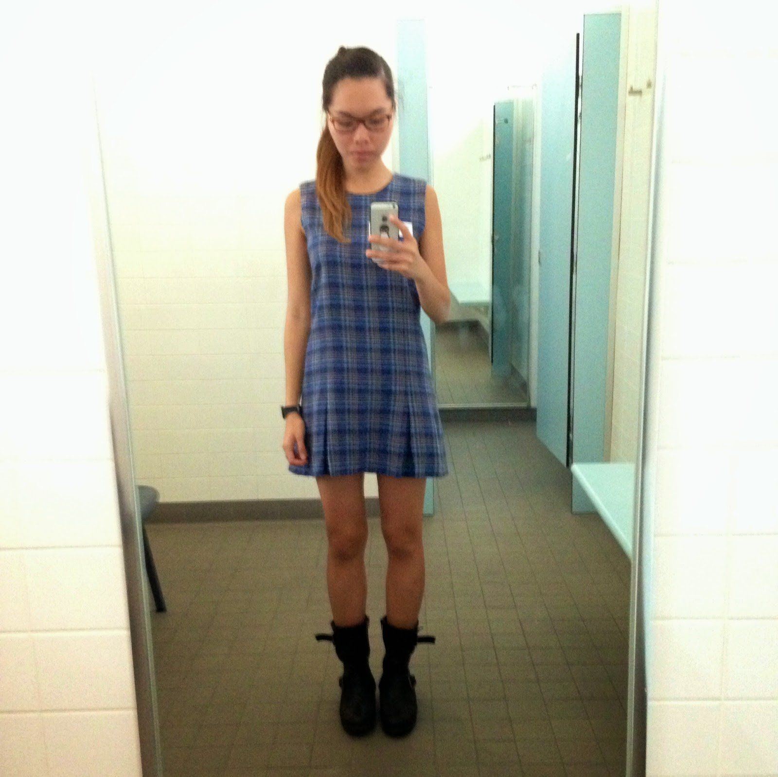 Nude nerdy girl gifs