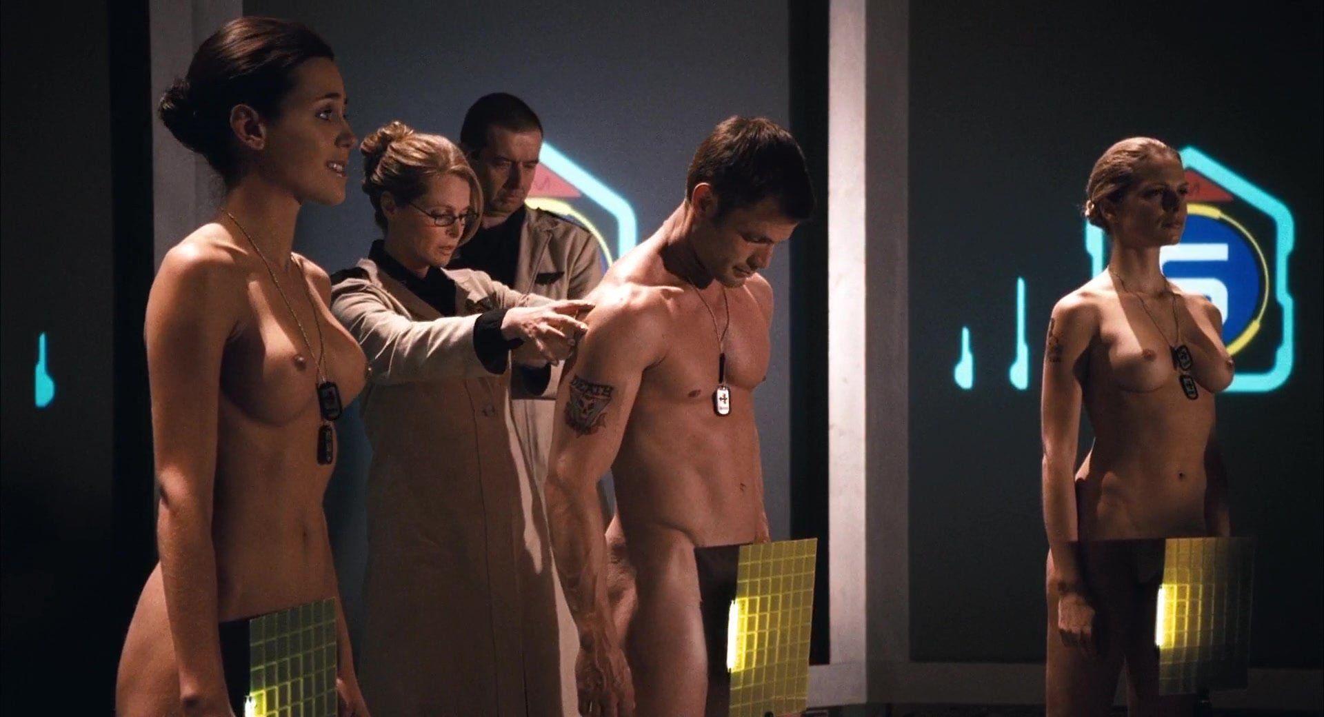 Starship troopers nude pics