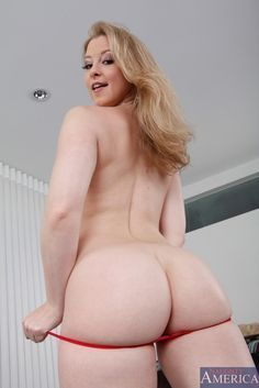 Sunny Lane Nude And Naked Porno Photo Comments 1