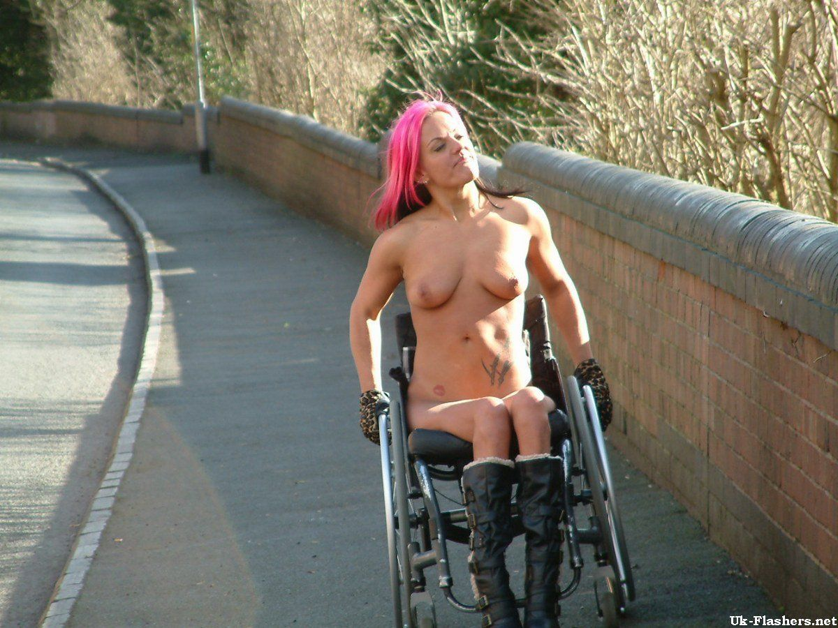 wheelchair girl nude photos free
