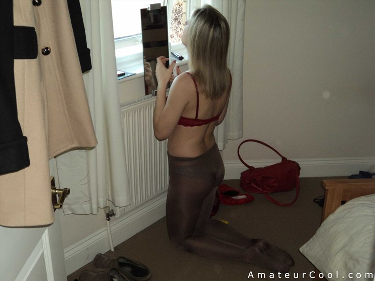 Zelda reccomend Wife fucked in pantyhose
